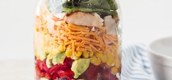 Southwestern Salad in Mason Jar {+a Giveaway}