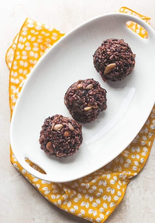 Korean Sticky Rice Balls with Dried Fruit and Nuts (Gluten ...