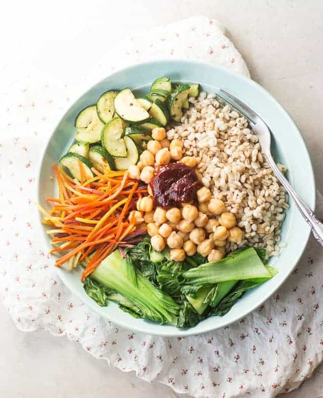Vegan Korean Nourish bowl with barley (bibimbap)-4