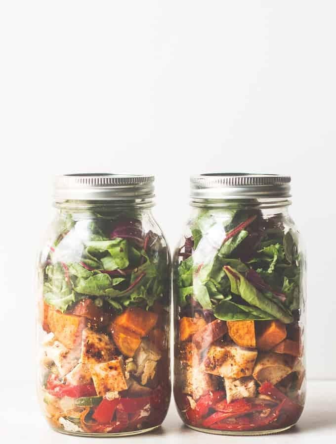 Southwestern Chicken Fajita Mason jar Salad